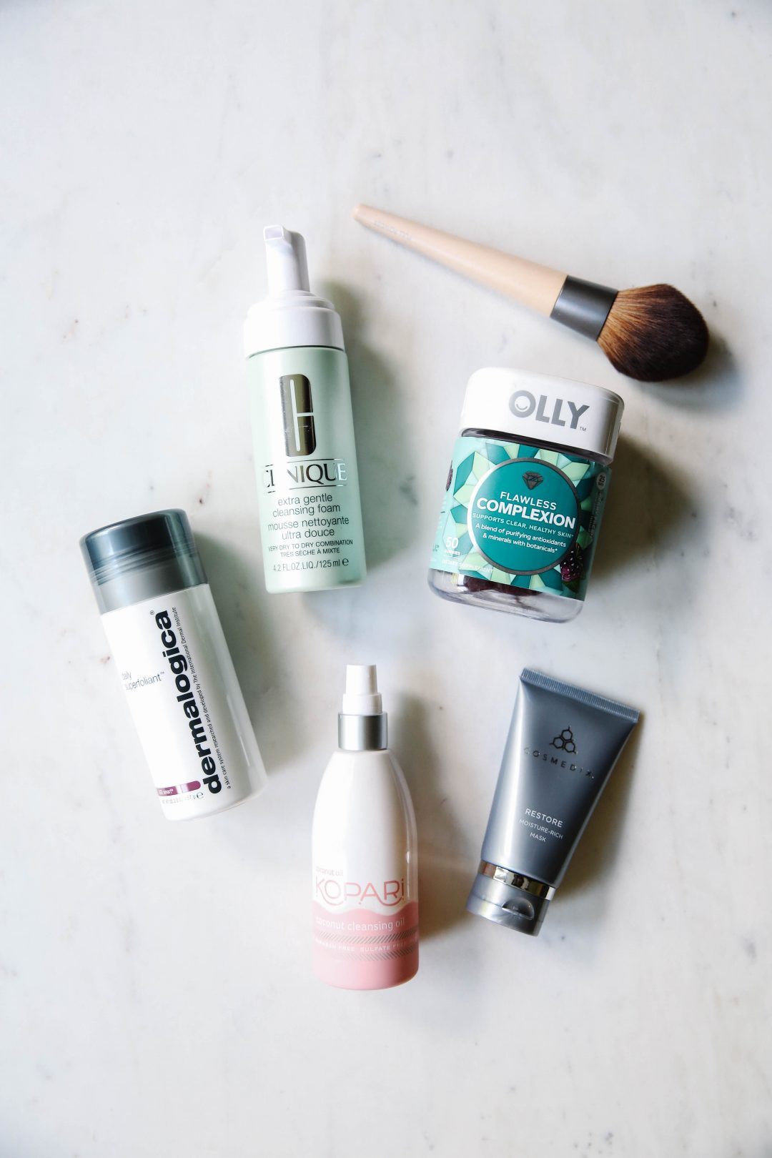 5 Ways to Take Better Care of Your Skin with OLLY Nutrition's new Flawless Complexion vitamins.